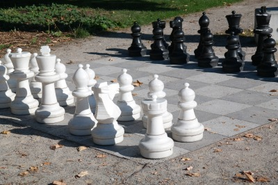 Elevate Your Leadership Game With Chess Not Checkers - Take It Personel-ly