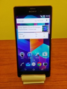 Sony Xperia Z3 Front Take It Personel-ly