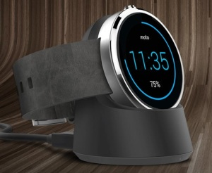 Moto 360 Wireless Charging and Dock Picture