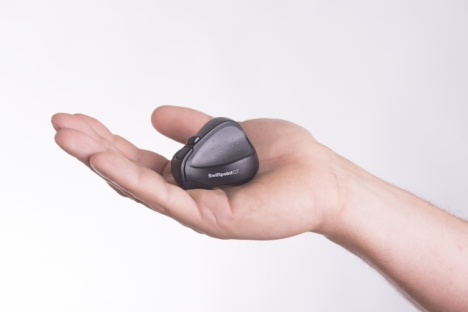 Swiftpoint GT Mouse in Hand