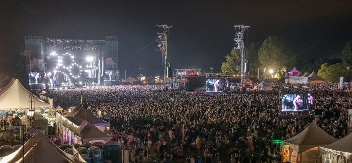 Ottawa RBC Bluesfest: Crowd For Red Hot Chili Peppers