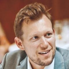 Stuart Hearn Bio Pic