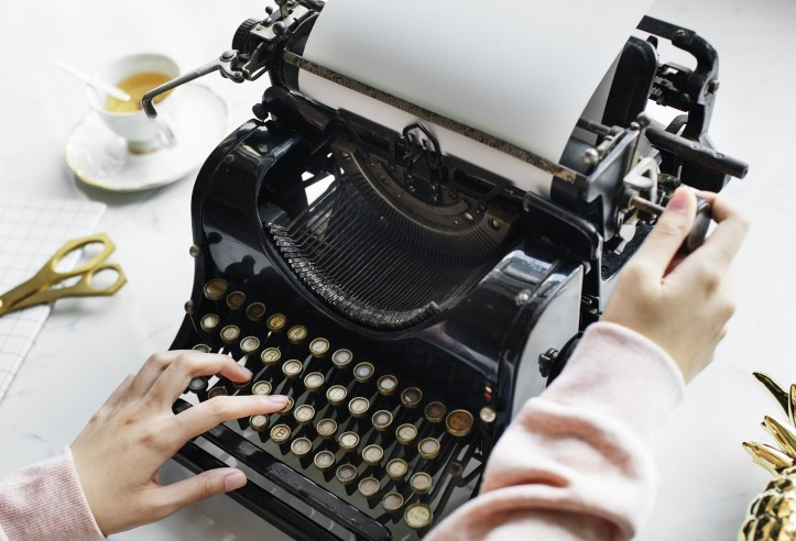 The Only 11-Step Guide to Becoming a Freelance Writer You'll Ever Need to Read